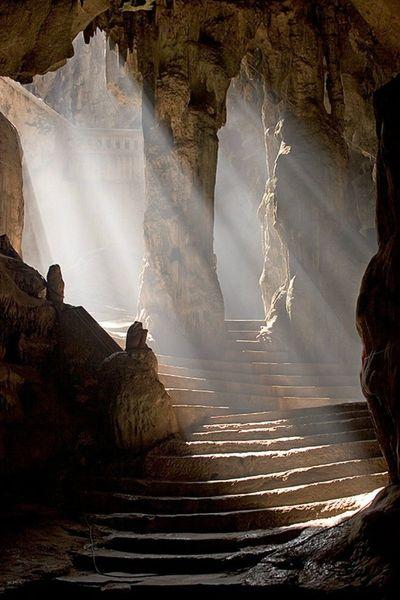 Khao Luang Cave, Travel to Phetchaburi