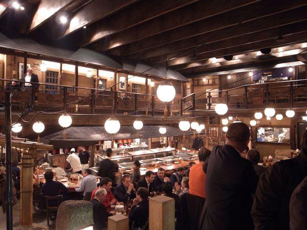 Restaurant Gonpachi, Travel to Japan