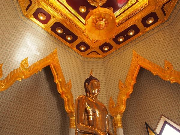 Wat Trai mit Golden Buddha, Travel to Bangkok