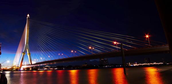 Rama VIII Bridge, Travel to Bangkok